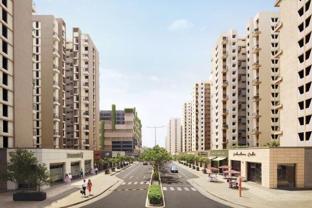 Retail-high-street-with-wide-footpathsN.jpg